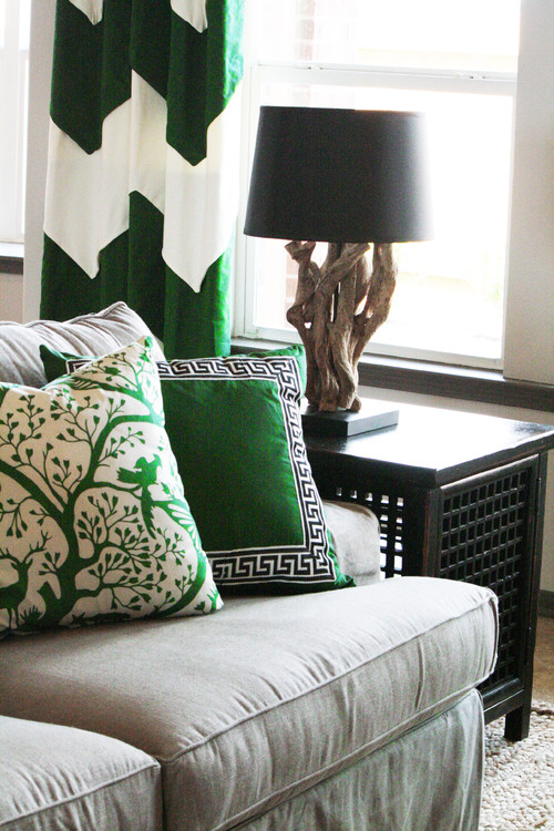 How to Add an Accent Color to Your Room