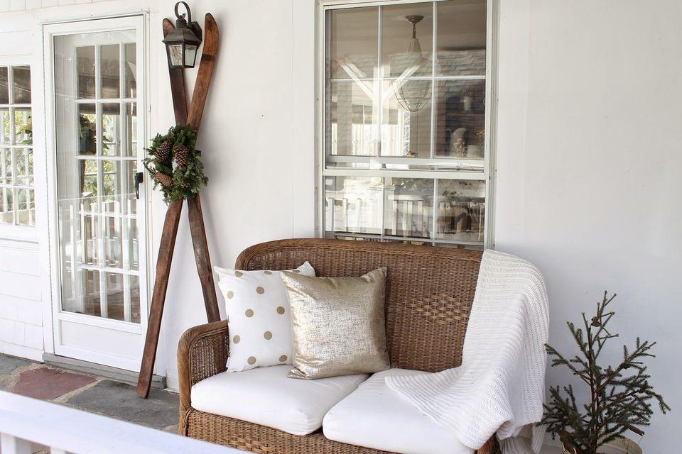 embrace winter decorating